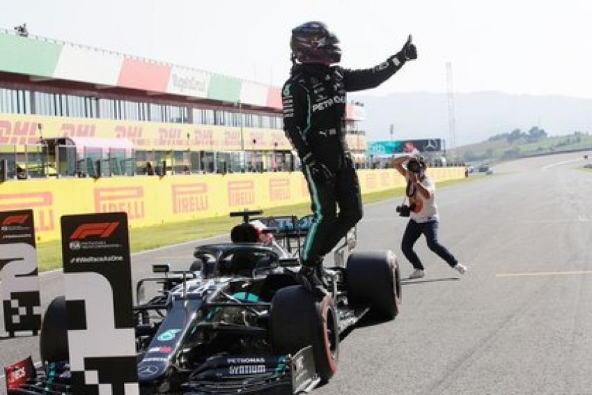 A 90 cursă câştigată de Lewis Hamilton în Formula 1