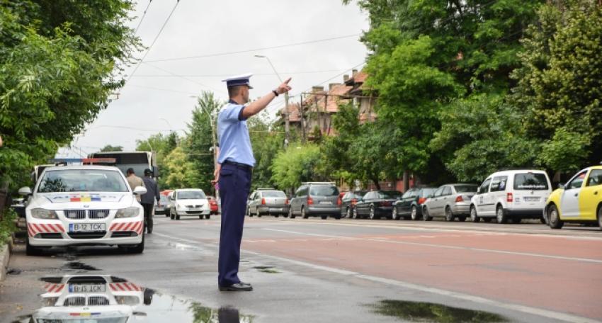 Plouă cu sancţiuni peste şoferii vinovaţi