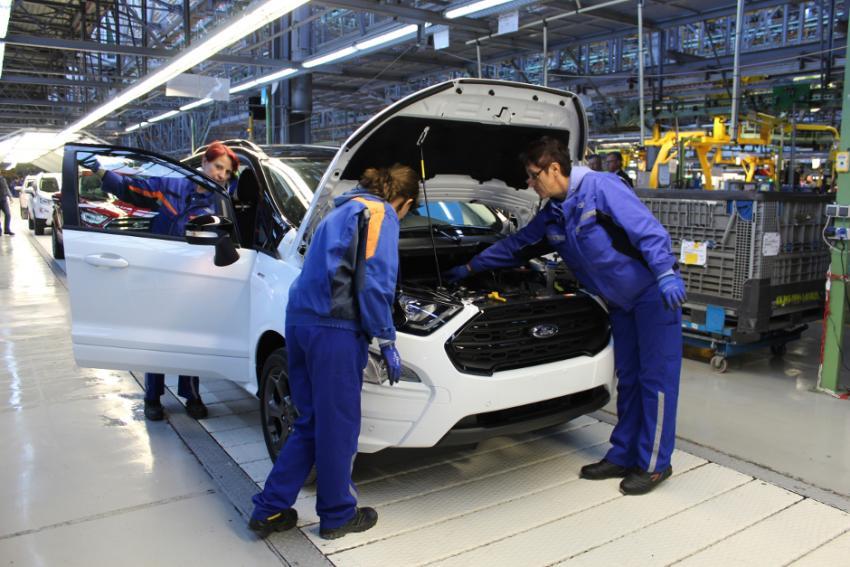 Uzina Ford din Craiova, mai puțin afectată de criza microcipurilor