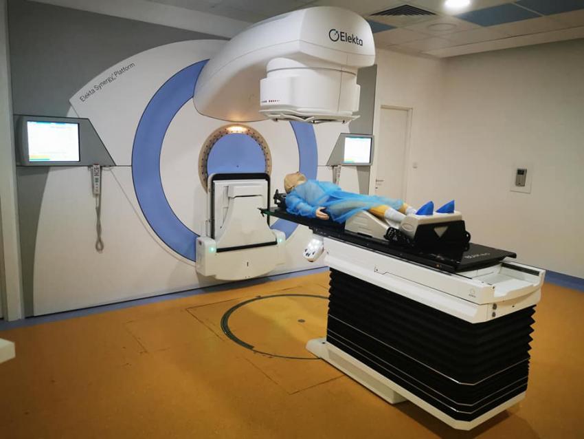 Mii de ședințe de radioterapie la acceleratorul liniar de particule din Galați
