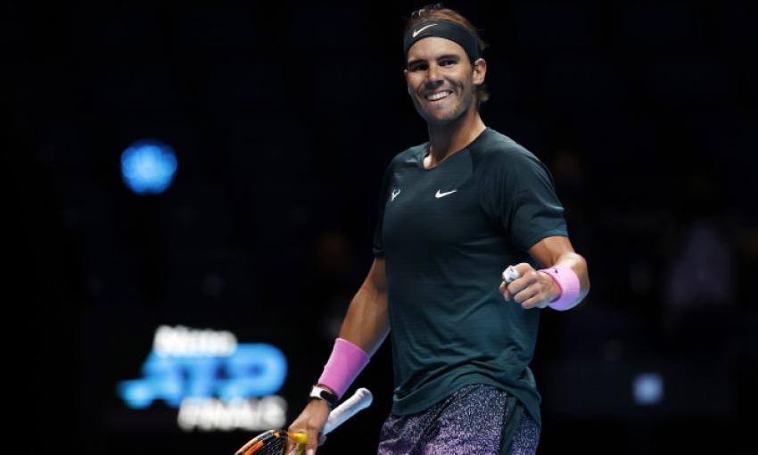 Rafa Nadal s-a calificat cu emoţii în careul de aşi la Turneul Campionilor