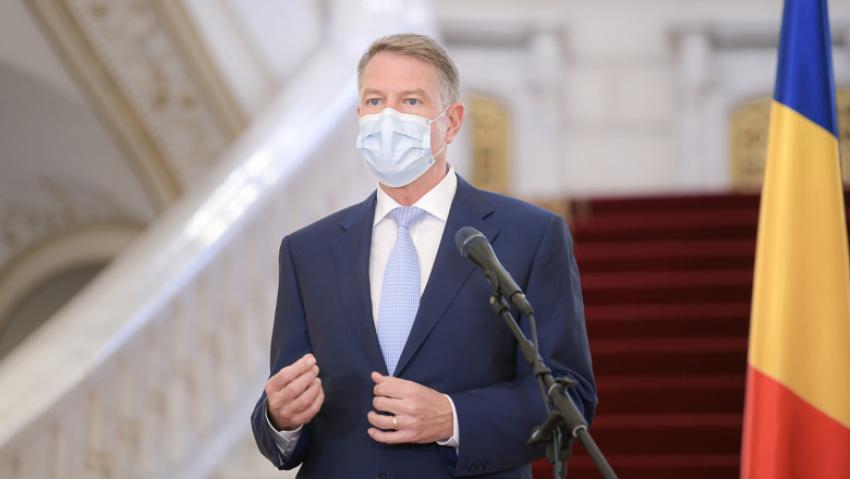 Președintele Iohannis: Doar vaccinarea ne permite ca la vară să facem concedii, să mergem la concerte