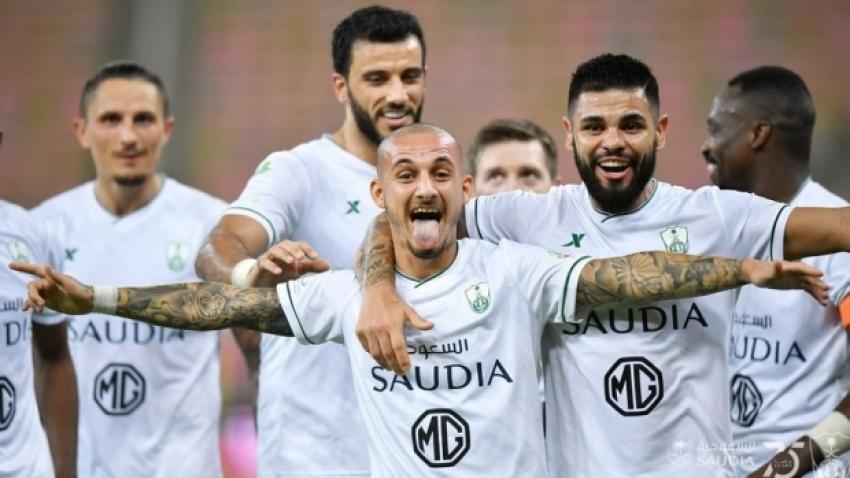 Internaţionalul român Alexandru Mitriţă a marcat la primul joc în tricoul lui Al Ahli