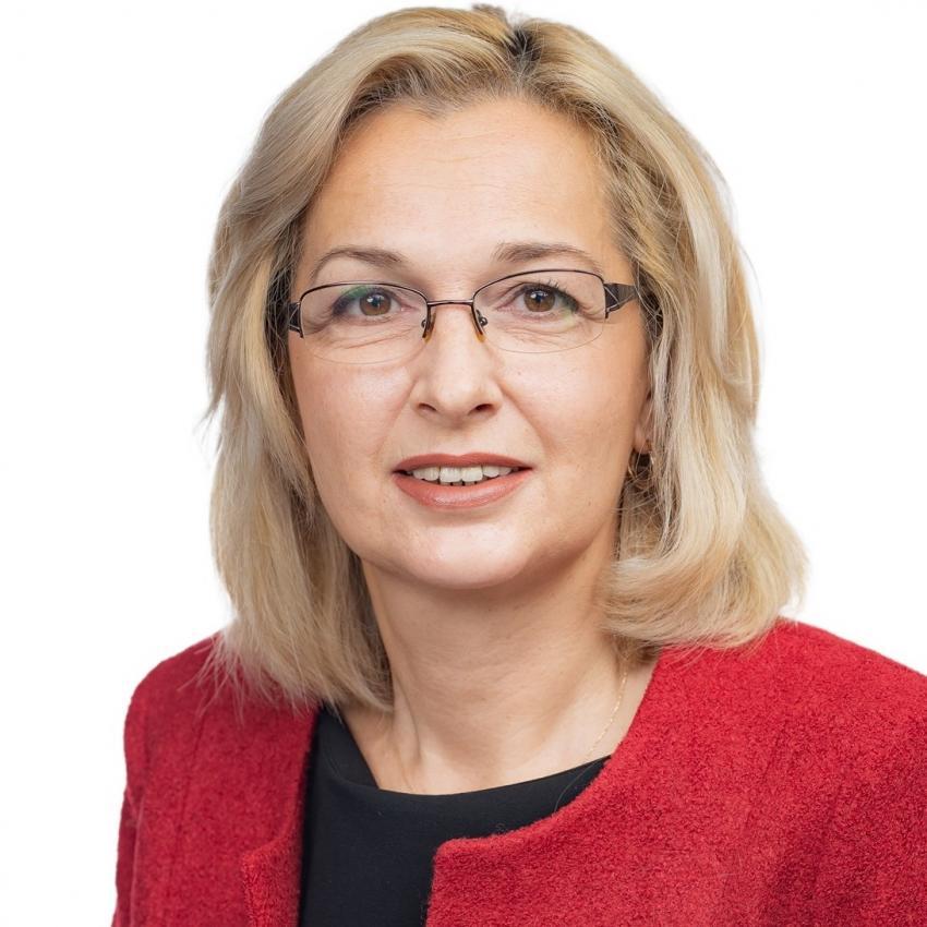 Laura Georgescu: Guvernul nu are nici cea mai mică intenţie să ţină şcolile deschise!