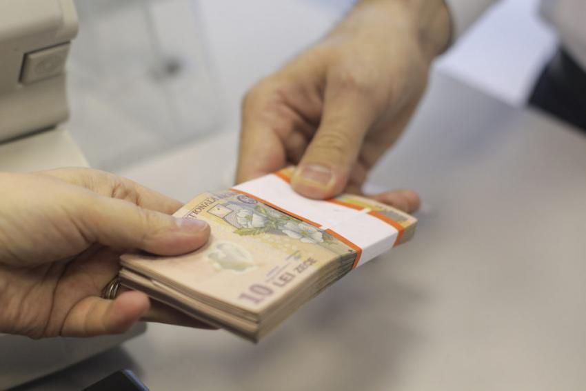 CNPP: Numărul de beneficiari de pensii de serviciu a crescut în august