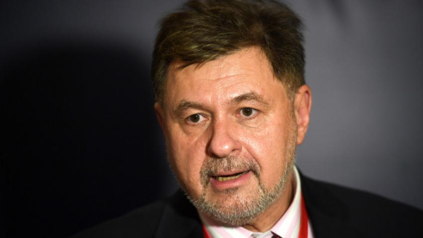 """Președintele Societății Române de Microbiologie:""""Nu ar trebui să începem experimentarea cu elevii în școli"""""""