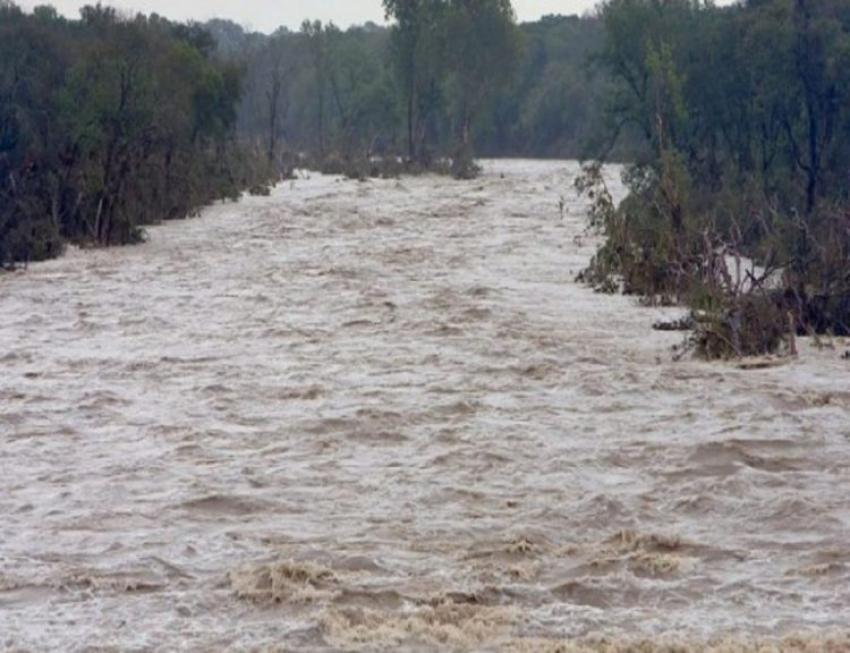 Alertă! Cod portocaliu de viituri pe râuri din 25 de județe